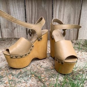 Nude Clogs Wedges